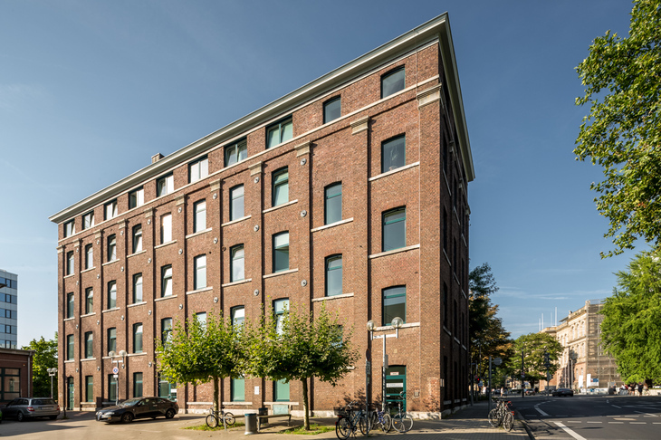 "RWTH ""Red Brick"" Building"